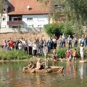 Kartoffelsäcke auf dem Neckar