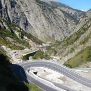 hinauf zum Gotthardpass
