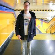 Ich in der Metro - aua!