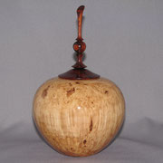 Small urn. Maple burl with Cocobolo lid and finial