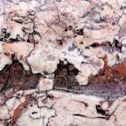Marmorbelag mit Löchern, Istabul Mai 2010