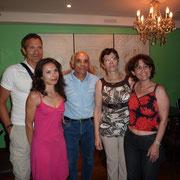 A família Neto e Altina Ribeiro