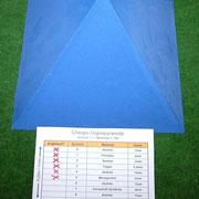 Plexiglaspyramide nächste Schicht - Moosgumi  (Schicht5)
