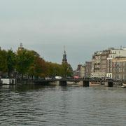 Wir fahren durch Amsterdam