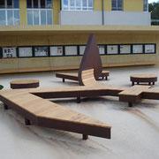 Sitzskulptur Gemeindeplatz Weißkirchen