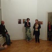Eröffnungsrede Julie August, mit Anja Teske. Foto©Paul Chernosky