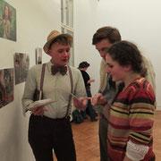 Star des Abends: Juwelia im Gespräch mit Besuchern. Foto©M.Reichelt