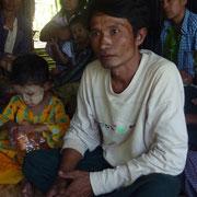 MINT SOE, un de nos correspondants de terrain qui s'occupe d'acheter le riz pour les familles que nous prenons en charge et de suivre les enfants scolarisés par PASDB dans son village (au sud de Yangon).