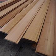 Planches de Red Cedar usinées