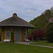 Pavillion im Schloßhof, der auch als Standesamt genutzt werden kann