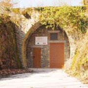 Tunnel aménagé en cave fromagère