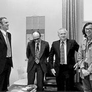 Christo im Gespräch mit Vertretern der Alliierten (Großbritannien, Frankreich und die USA) // Foto: Wolfgang Volz