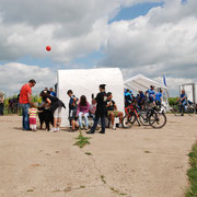 Trullo und Zelte aus südlicher Sicht