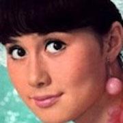 山本リンダ(とても若い頃)