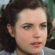 Elizabeth McGovern(young)