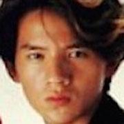 岡本健一(若い頃)