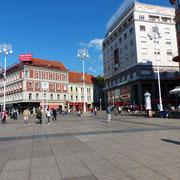 Ein beliebter Treffpunkt in Zagreb: der Ban-Josip-Jelačić-Platz
