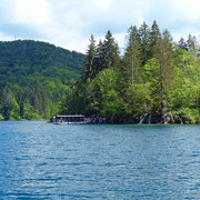 Eine wunderbare Bootsfahrt über den Jezero Kozjak