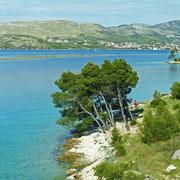 Grebaštica - wegen der türkischen Invasion auf Dalmatien im 15. Jahrhundert und zur ihrer Verteidigung errichteten die einheimischen Bewohner  . . .