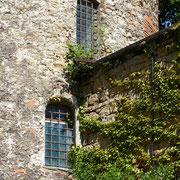 An einem Turm in der Stadtmauer