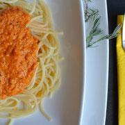 Brotaufstrich oder Nudelsoße aus Karotten