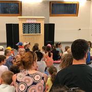 Kindernachmittag eines Quartiervereins mit Kasperlitheater