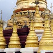 Das Kloster beherbergt seltene Buddha Statuen und vergoldete Pagoden.
