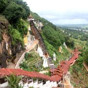 Treppen auf dem Dach - Pindaya Höhlen