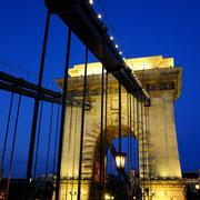 Széchenyi chain bridge [Budapest/HUNGARY]
