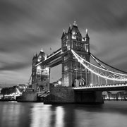Tower Bridge [London / England]