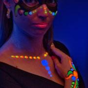 maquillajes fluorescentes
