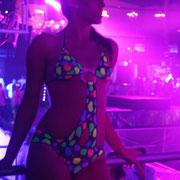 Body Painting NEONSPLASH Ibiza. Trikini fluor