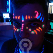 UV Face Paint.  Fluor Party Teatro Barceló Madrid