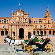 Sevilla (Calesa en la Plaza de España)