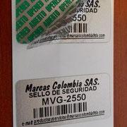 Etiqueta en poliester de 25x50 mm con VOID verde
