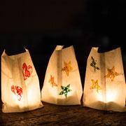 Gestempelte Windlichter - selbst gemachte Dekoration für Kinderparty und Kindergeburtstag