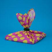 Zerowaste Kindergeburtstag - Geschenke in Stoff verpacken