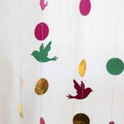Luftige Girlande mit Vögeln