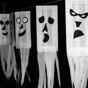 Gespenstergirlande - selbst gemachte Dekoration für Kinderparty und Kindergeburtstag