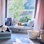 Lese- und Sitzecke aus Spielpolstern
