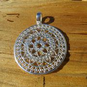 Nummer 4 Mandala rund Durchmesser 3cm