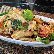Menüs - Hühnerfleisch mit Chop Suey