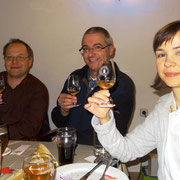 von links: Dirk Hunecke, Chief Jens Steinert, Schriftführer Carina Pfeiffer