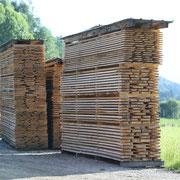 Fichtenholz bei der Lufttrocknung