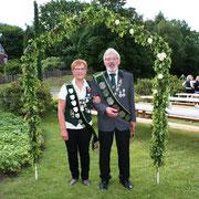 Königspaar:  Gisela Fastert und Claus Reyelts