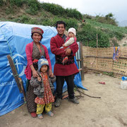 Rajan lebt mit seiner Familie seit einem Jahr im Zelt