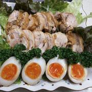 鶏チャーシューと煮卵