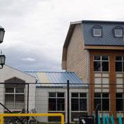 eine über 100 Jahre alte Deutsche Schule, die Kinder unser Stellplatzvermieter gingen auf diese Schule, studieren nun in Deutschland