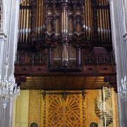 ... mit hübscher Orgel