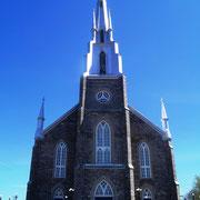 Kirche - war gerade voll besetzt - Sonntagvormittag!
